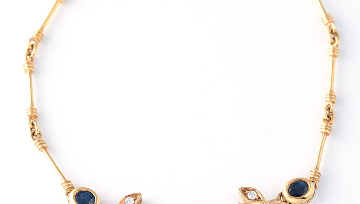 GOLD SAPHIRE-DIAMONDS BRACELET